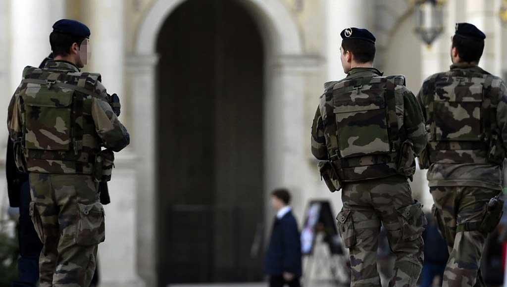 pourquoi-les-soldats-desertent-metz-today
