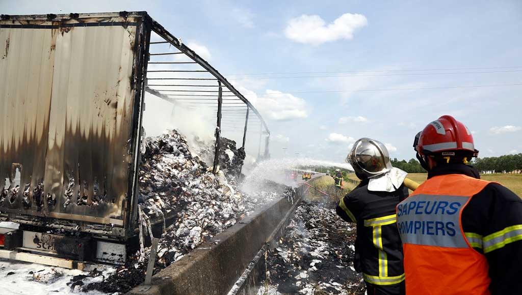 camion-prend-feu-a31-repu-metz-today