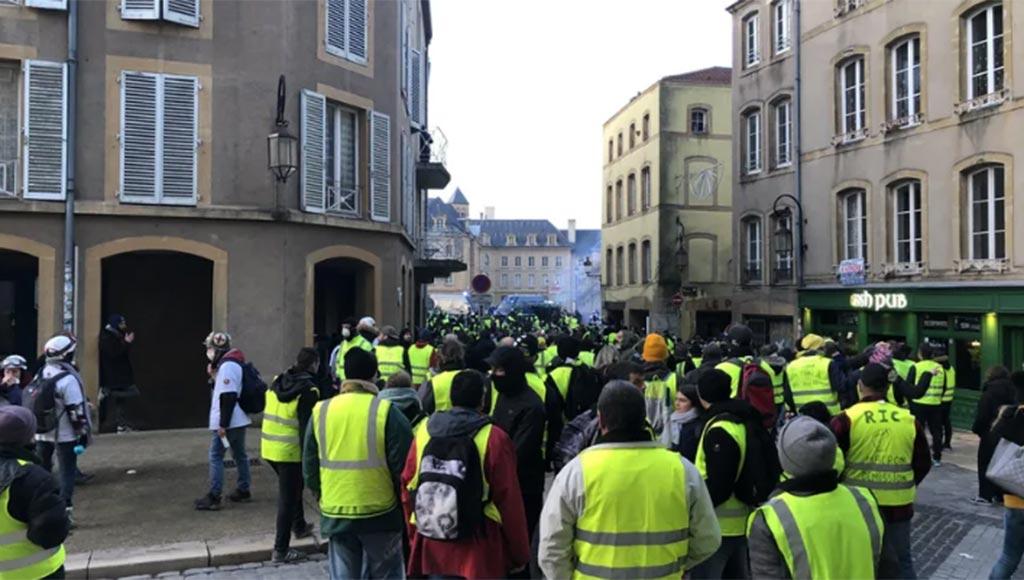 gilets-jaunes-centre-ville-metz-today